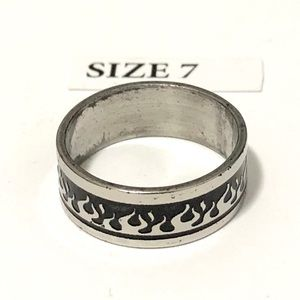 Ring, with Flames Pattern Design, Size 7